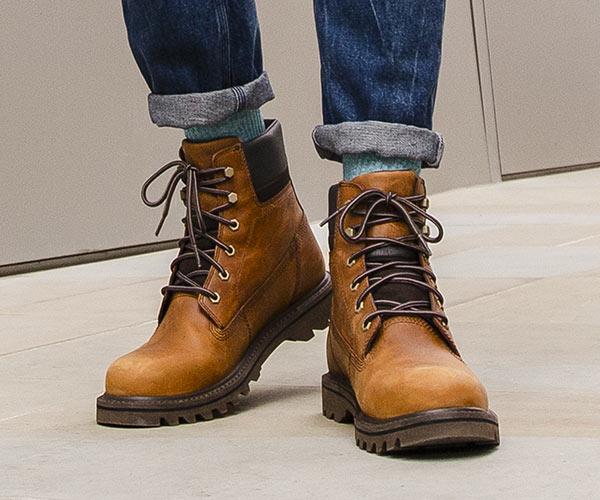 Les chaussures waterproof en cuir vintage de la marque caterpillar qui résistent à l'eau